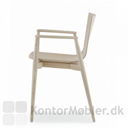 Malmö stolen i asketræ med armlæn
