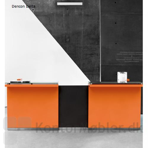 Delta skranke i opstilling med 2 grundmoduler, orange.