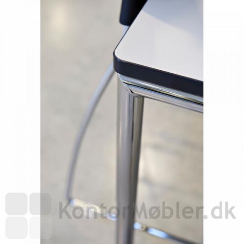 Hjørnerne på Delta kantinebord har en radius på 15mm