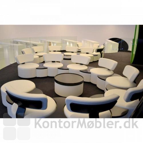 Circles modulsofa giver en overskuelig lounge indretning