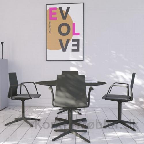 Four Cast´2 Evo med Loop armlæn og sort stel