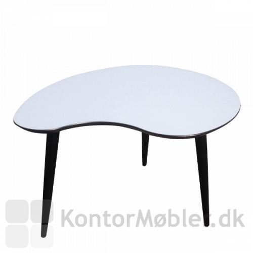Plekterformet loungebord kan sagtens stå alene