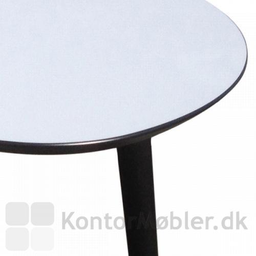 Loungebord med affaset bordpladeprofil, vælg mellem 4 kantfarver
