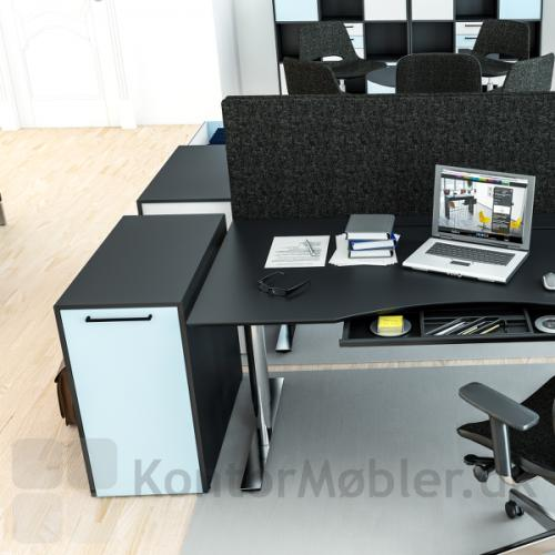 Delta 2.0 udtræksskab fra dencon i et kontor miljø