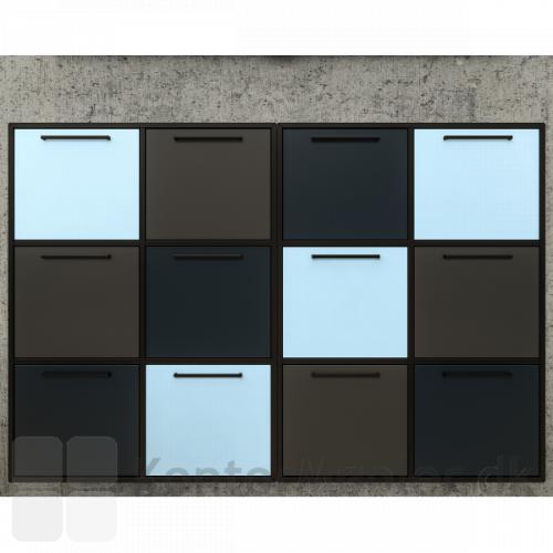 Reol med 6 rum kan feks. indrettes med låger, her vist i flot farve kombination