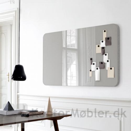 Her er valgt den grå farve kombination til Mood Fabric Wall