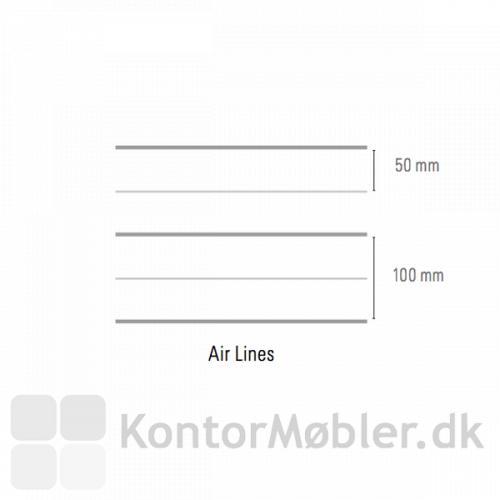 Air Lines whiteboard har grå linjer med en afstand på 5 cm. Hver anden linje er lidt mørkere, der er 10 cm mellem de mørke linjer