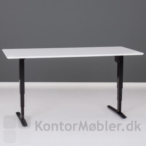 Conset 501-43 hæve sænke bord med sort stel og hvid laminat bordplade