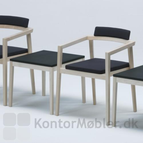 Session stol kombineret med lavt bord