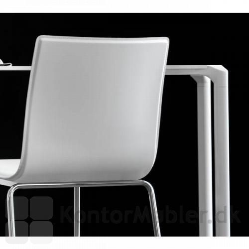 Jump bord med hvid bordplade og hvide ben
