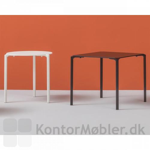 Jump bordet kan fåes med rund eller kvadratisk bordplade