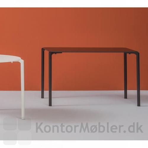 Jump bordet i rektangulær udgave til kantine eller café