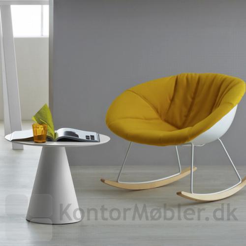 Ikon 863 bordet i hvid er 46 cm højt og kan feks. bruges som sofabord
