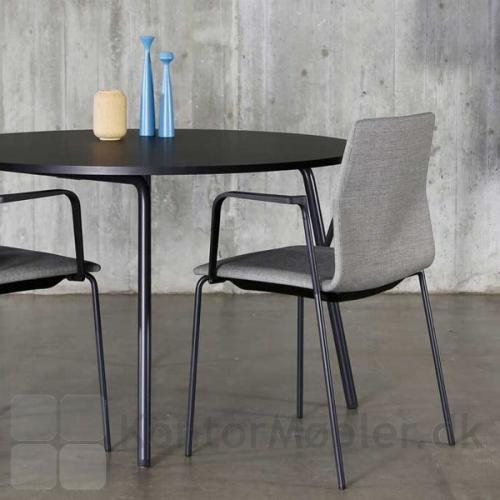 Four Real 74 kantinebord kan vælges i mange størrelser, samt rund bordplade Ø120 cm