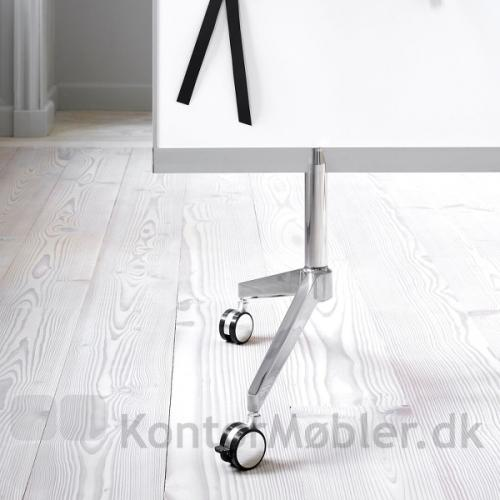 M3 dobbeltsidet whiteboard med ben i poleret aluminium