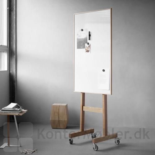 Wood mobil whiteboard i bredden 70,8 cm