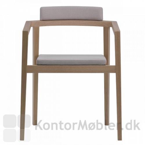Session stol fra Magnus Olesen kan vælges i flere træsorter