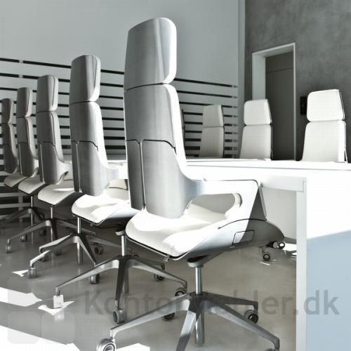 Silver kontorstol er også flot til konference eller mødelokalet