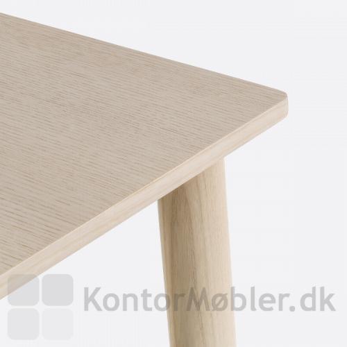 Malmö møde udtræksbord har elegante afrundede hjørner på bordpladen