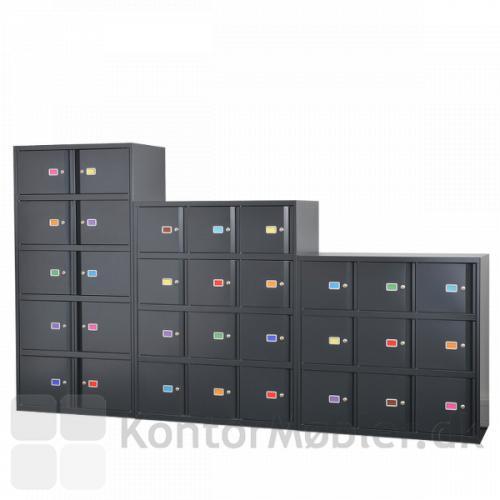 Lockers med labelholder hvor man har indsat forskellige farver