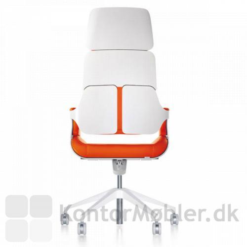 Silver chefstol med hvidlakeret ryg og stel