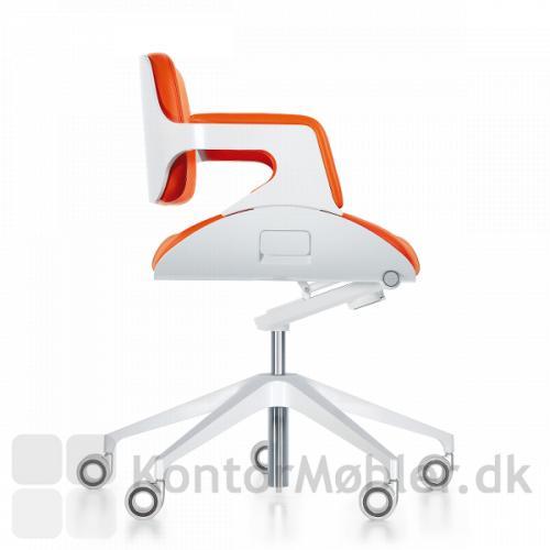 Silver mødestol er med højde vandring og synkron mekanisme