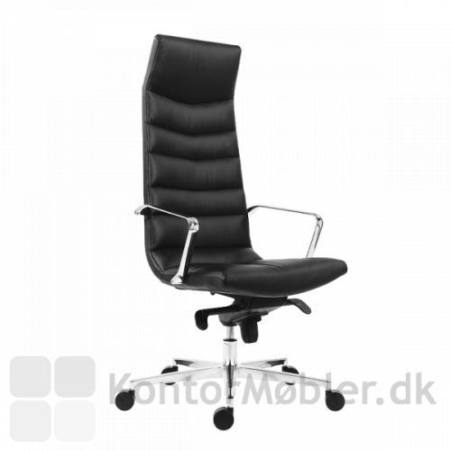 Shiny kontorstol med høj ryg i sort læder