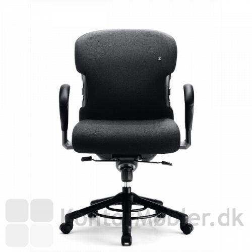 XXXL kontorstol med lav ryg og stof polstring