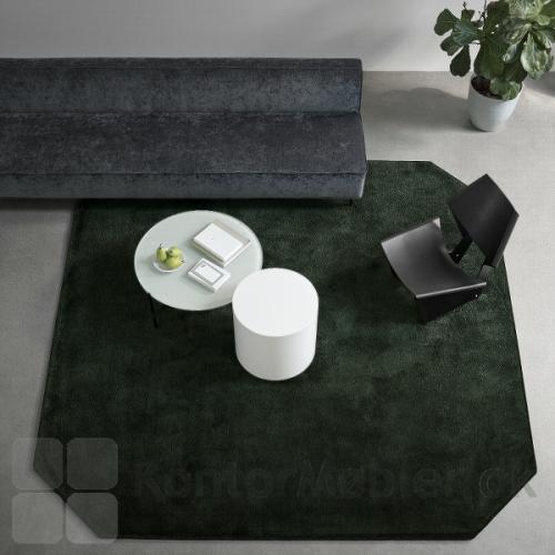 Epoca Moss kan vælges i mange former, så tæppet passer til stilen i indretningen