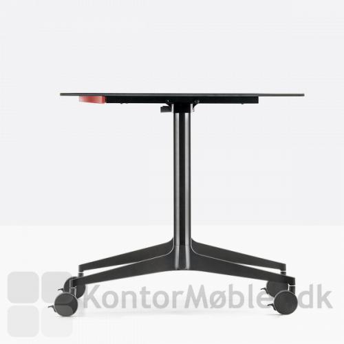 Ypsilon foldebord kan vælges med bordpladetykkelse 10mm eller 20mm
