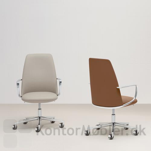 Elinor mødestol kan polstres med mange materialer og farver