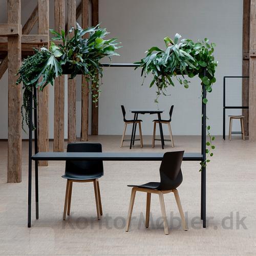 Four Real A multifunktionsmøbel giver mulighed for, at give indretningen et helt unikt design