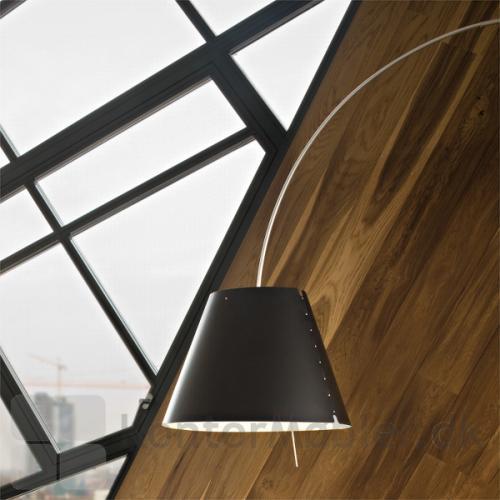 Lady Costanza D13E med sort lampeskærm