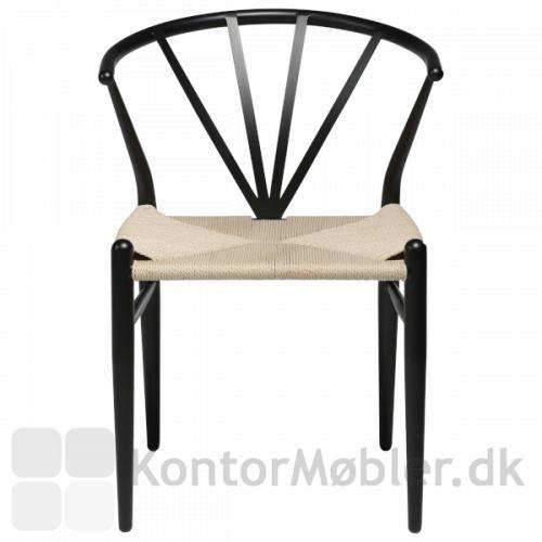 Delta flet stol med den karakteristiske vifteformede ryg. Klassisk design.