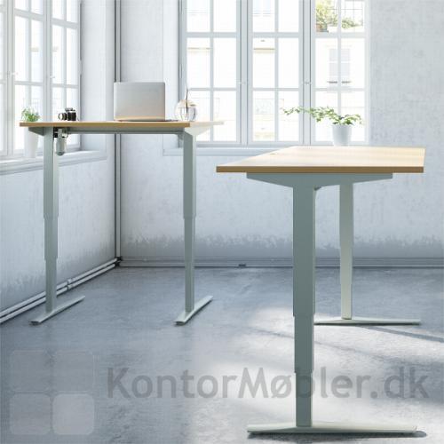 Conset 501-43 hæve sænke bord med en højdevandring fra 65 cm til 125 cm