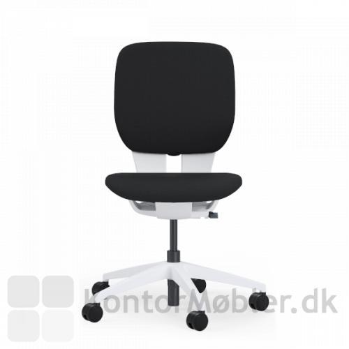 LIM kontorstol er en flot kontorstol til hjemmekontoret, i eksklusivt design.
