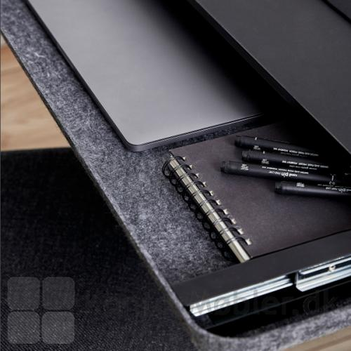 Tilføj bæredygtighed til dit kontor, kombineret med tidløst og varmt design med denne filt skuffe.