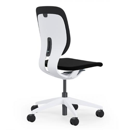 LIM stol med  hvidt stel, polstret ryg og sæde (210,-) (P990+3962)